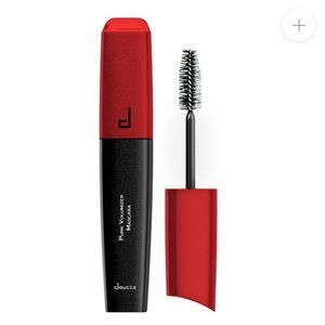 Doucce Punk Volumizer Mascara NIB Full Size
